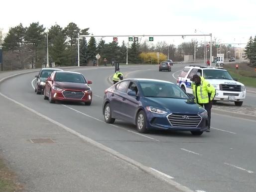 La policía de Ottawa detiene su presencia 24/7 en los puestos de control interprovinciales