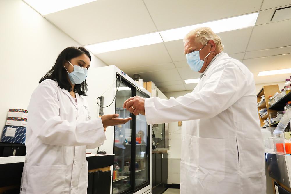 El gobierno de Ford anunciará un programa de certificación de vacunación el día de hoy.