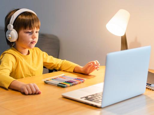 Estudiantes de Ontario regresan a las aulas virtuales