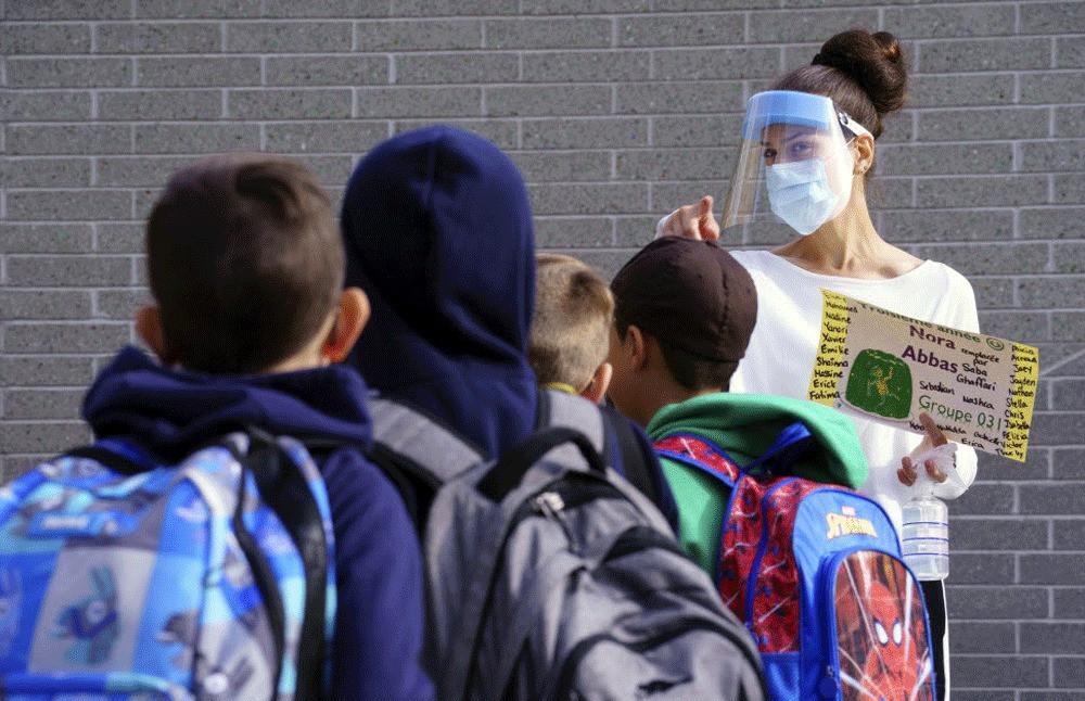 Los datos muestran que el programa de pruebas escolares asintomáticas de Ontario produce una baja tasa de positividad.