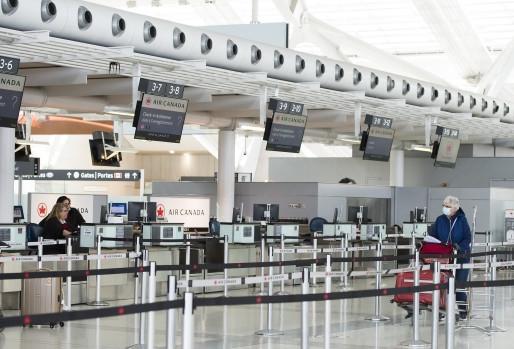 Aeropuerto Pearson reduce fuerza laboral en un 27%