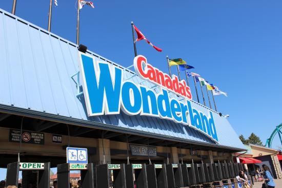 Entrada de Canada's Wonderland.