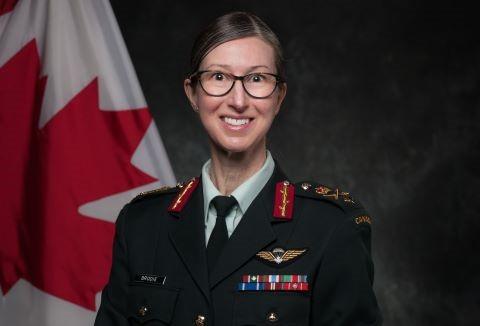La General de brigada, Krista Brodie, es la nueva jefa de distribución de vacunas en Canadá