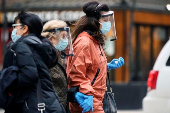 El jueves pasado, Toronto sufrió su muerte número 2000 por COVID-19, y los expertos advirtieron que los próximos meses podrían ser los más mortíferos para la pandemia.