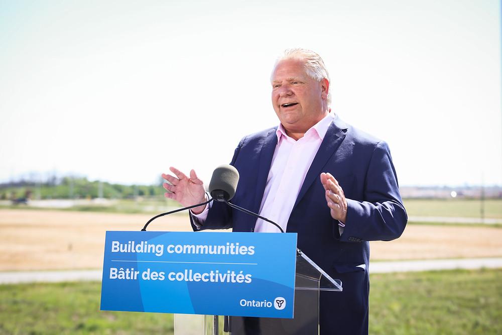 El premier de Ontario, Doug Ford, en el anuncio de una nueva villa educativa en Milton, el 17 de Junio del 2021.