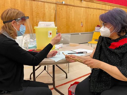 El rango de edad para solicitar citas de vacunación COVID-19 disminuye nuevamente en Ontario