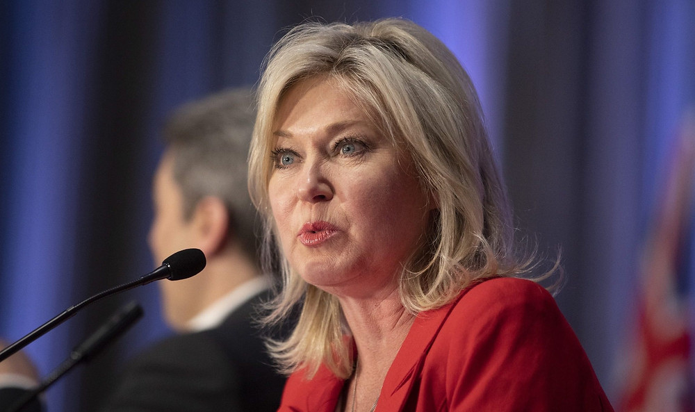La alcaldesa de Mississauga, Bonnie Crombie, habla en la AGM 2019 del Partido Liberal de Ontario en Toronto el viernes 7 de junio de 2019.