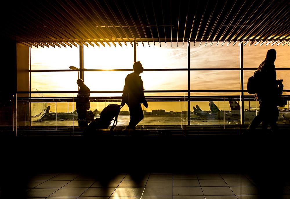 """""""Reserve el viaje lo antes posible"""". Los estadounidenses están volando de nuevo y pronto será difícil encontrar pasajes aéreos baratos."""