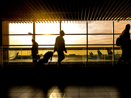 Los viajeros están volando de nuevo y pronto será difícil encontrar tiquetes aéreos baratos