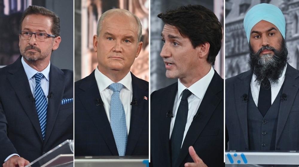 De izquierda a derecha: Yves-Francois Blanchet, Erin O'Toole, Justin Trudeau, Jagmeet Signh participan en el primer debate de los líderes franceses el jueves 2 de septiembre de 2021 en Montreal.