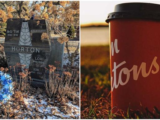 Halloween: Visita la tumba de Tim Horton en Toronto