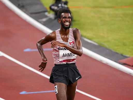 El canadiense Mohammed Ahmed logra la medalla de plata en la carrera de 5.000m