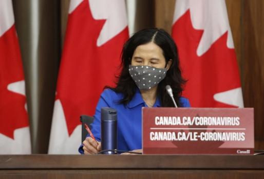 Canadienses que recibieron AstraZeneca deberían poder elegir su segunda dosis