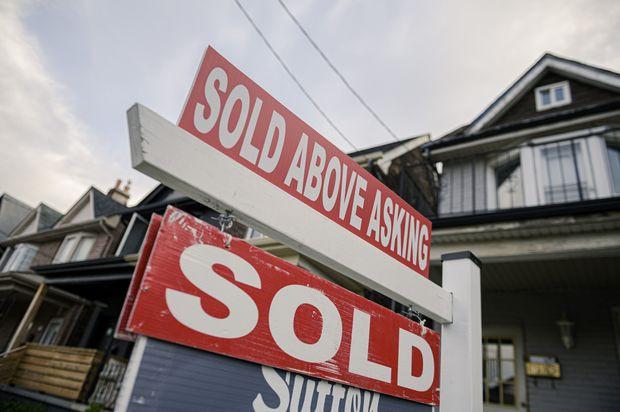 El precio promedio de una casa en la región de Toronto superó el millón de dólares a principios de este año y los lugares que alguna vez se consideraron asequibles se han vuelto inalcanzables para más residentes.