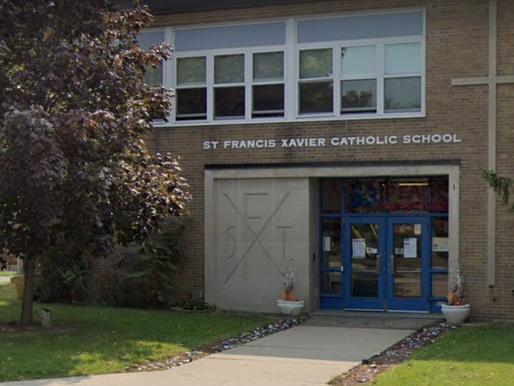 Escuela católica cierra temporalmente debido al COVID-19