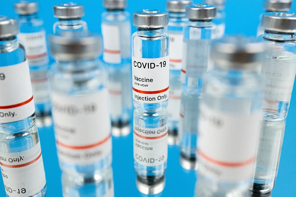 EE. UU. alcanza el hito de 100 millones de dosis de la vacuna COVID-19 de 100 administradas con éxito.