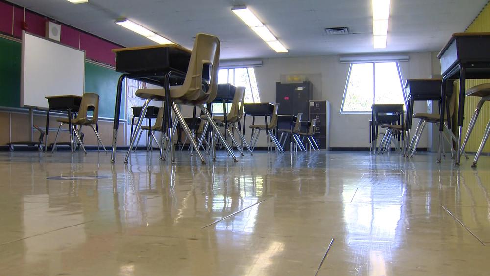 Un aula vacía dentro de la Kensington Community School de Toronto.