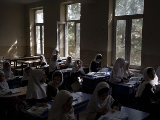 Niñas y mujeres podrán estudiar en aulas sin hombres en Afganistán
