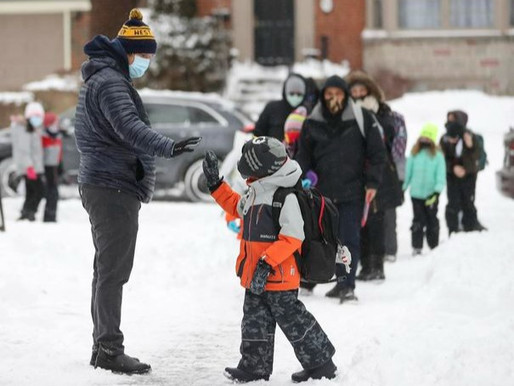 Ocho escuelas de Toronto vinculadas a variantes de COVID-19