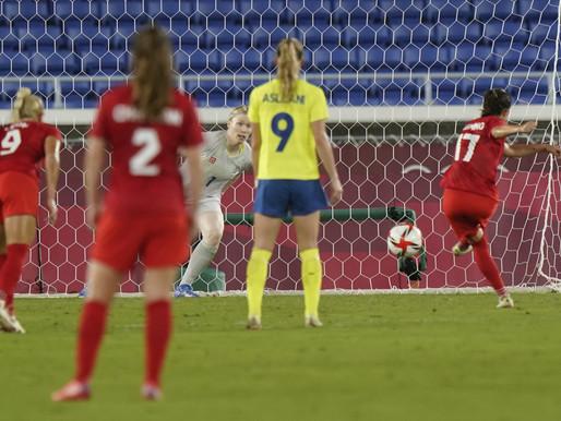 Canadá gana la primera medalla de oro en fútbol femenino contra Suecia