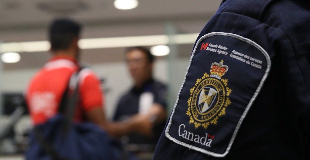 Canadá deportó a miles de personas en 2020 incluso cuando la pandemia se desataba, según muestran los datos.