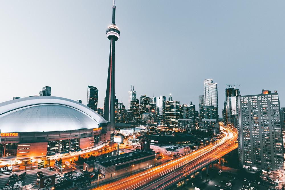 Cambios drásticos de clima pronosticados para Toronto esta semana.