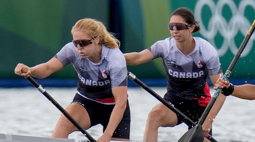 Canadá gana el bronce en la carrera femenina C2 de 500m en los Juegos Olímpicos de Tokio.