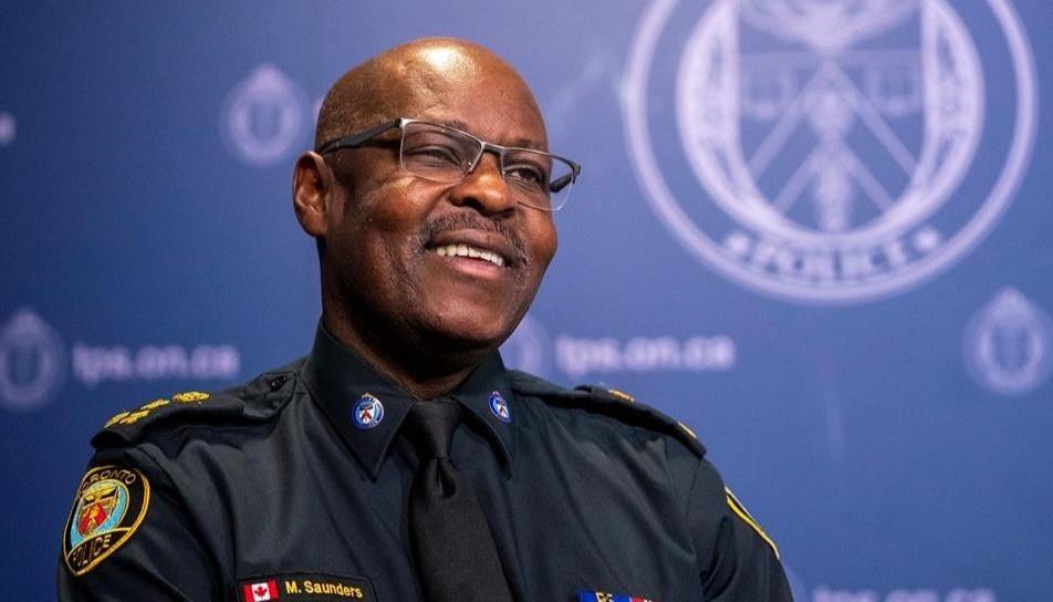 Mark Saunders, jefe de la policía de Toronto que se jubila, aparece durante una entrevista con The Canadian Press en Toronto el lunes 27 de julio de 2020.