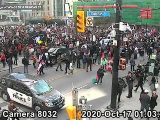 Dos protestas se apoderan del centro de Toronto