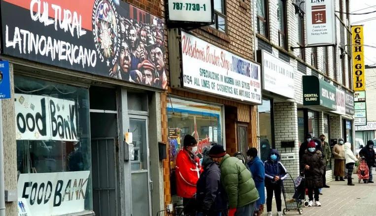 El Centro Cultural Latinoamericano Toronto es un centro comunitario en Little Jamaica, un lugar de reunión para una muestra representativa de poblaciones racializadas de bajos ingresos, muchas de las cuales son inmigrantes.