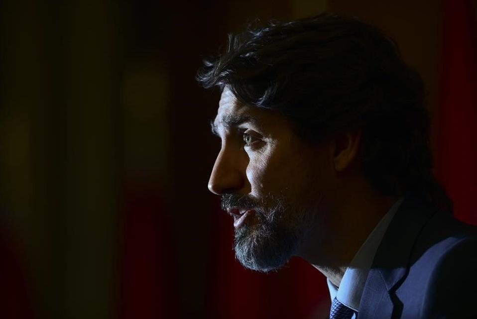 El primer ministro Justin Trudeau participa en una actualización sobre la pandemia de COVID-19 en Ottawa el martes 15 de diciembre de 2020.