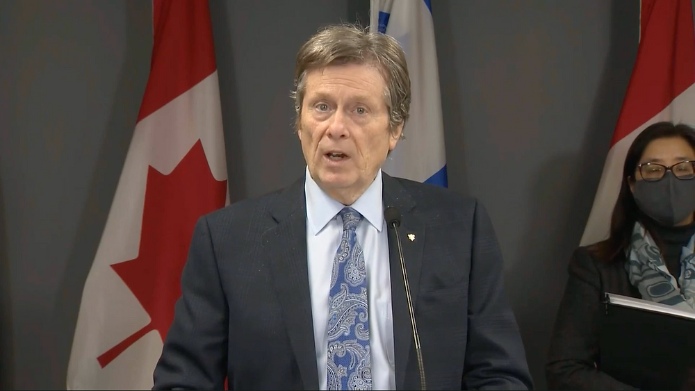 """Toronto """"apoya plenamente"""" la decisión de Ontario de enviar a los estudiantes de regreso a clases."""