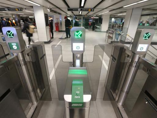 """Metrolinx y TTC ofrecerán viajes gratis para el """"Día de la vacuna"""" en Toronto"""