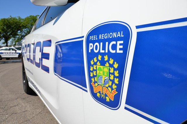 Familia de Mississauga agredida y golpeada con piedras en un presunto ataque motivado por el odio.