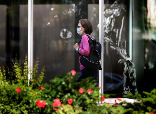Ontario pausará reaperturas por un mes