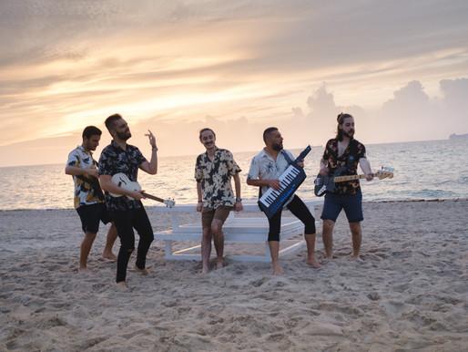 """Bandas de Colombia y Venezuela traen sabor caribeño con su nuevo sencillo """"Clara"""""""