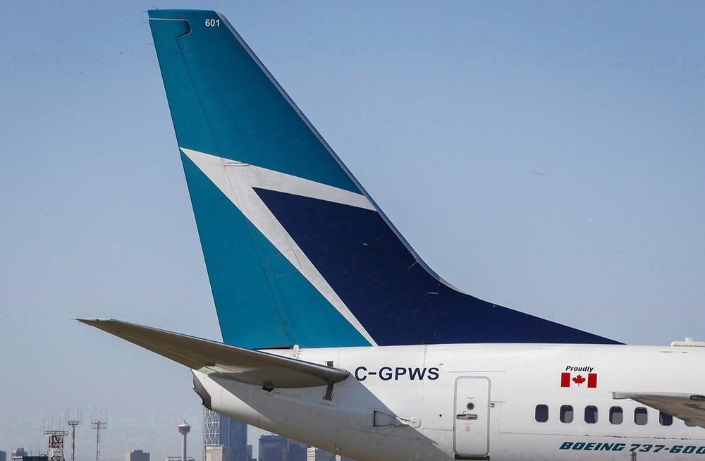 Avión WestJet en Calgary