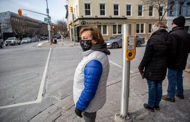 Ontario proporcionará información actualizada sobre las restricciones regionales y reapertura gradual.