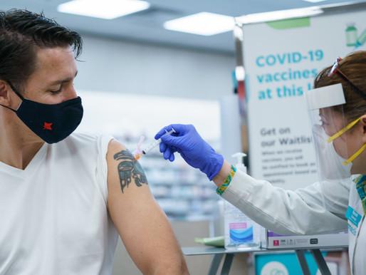 Trudeau recibe su segunda dosis y se trato de una mezcla de vacunas COVID-19
