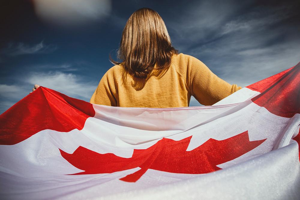 La pandemia de COVID-19 lleva a los recién llegados a salir de Canadá hacia sus países de origen.
