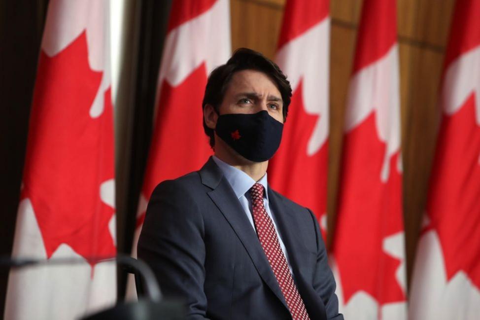 """""""Canadá vacunará a todos los que lo quieran a finales del verano"""", dijo Trudeau."""
