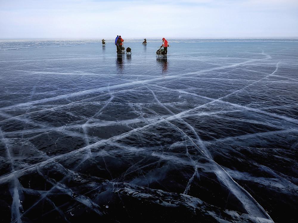 La policía de York advierte sobre las condiciones inseguras del hielo después de que varias personas fueran rescatadas durante el fin de semana.