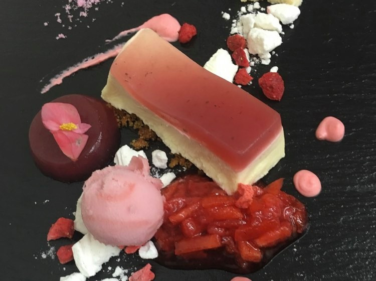 Harslevelu wine paired with Forced rhubarb and custard cheesecake