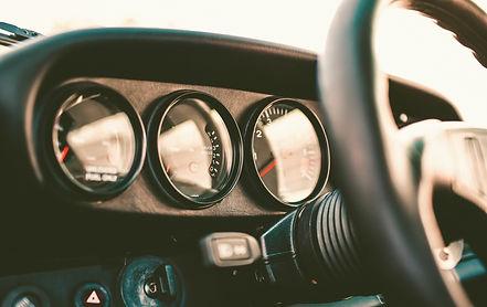 Oltimer Porsche Cockpit, Innenraum.jpg