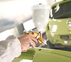 Auto Reparatur Instandsetzung Werkstatt.jpg