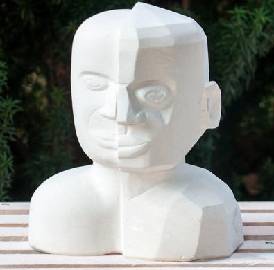 Kursarbeit. Kopf aus französischen Kalkstein.