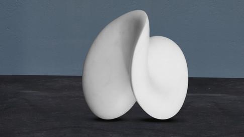 Abstrakte Skulptur. Statuario puro. Italienischer Marmor.
