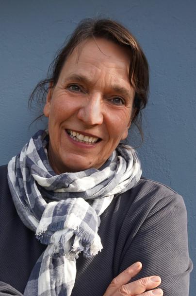 Porträt von Ulla Preising.