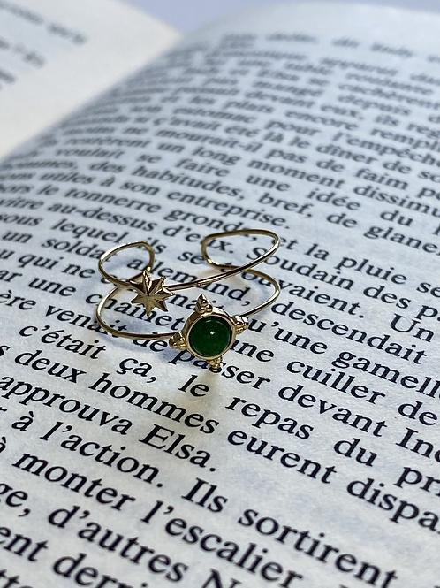 Bague dorée étoile et pierre verte
