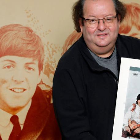 Huffington Post-Collection Beatles Jacques Volcouve aux enchères à Paris